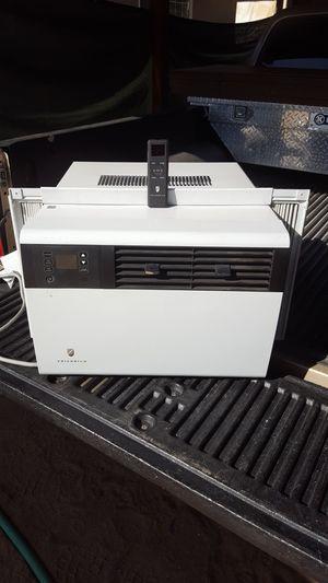 Window air conditioner for Sale in Hesperia, CA