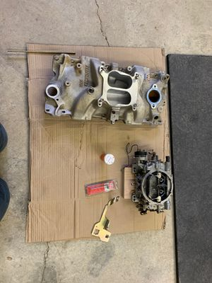 Edelbrock performer intake and carburetor with 2 mufflers. for Sale in White City, OR