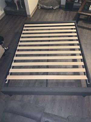 Gray fabric Queen bed frame for Sale in Tacoma, WA