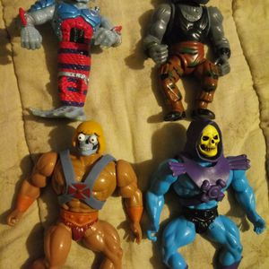 Used In Great Shape Collection Of He-Man And Skeletor Action Figure Asking Price Is $70 for Sale in Woodburn, OR