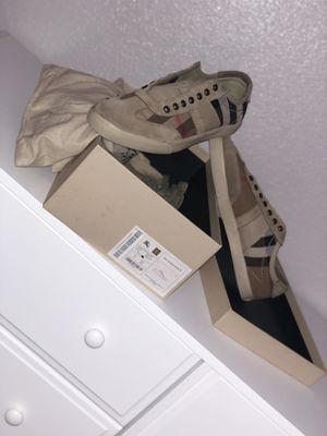 Authentic Burberry Sneakers for Sale in Fresno, CA