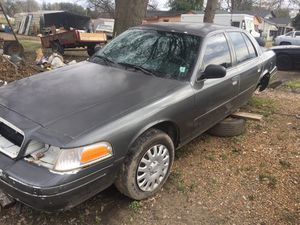 Crown vic motor and trans only for Sale in Hollandale, MS