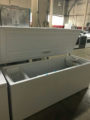 Frigidaire Chest Freezer for Sale in St. Louis, MO