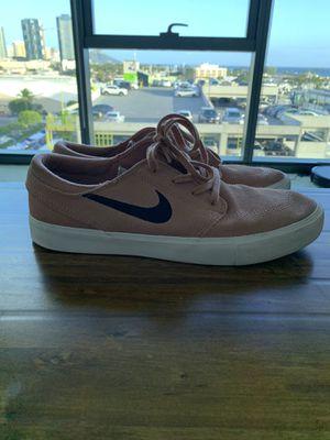 Men's Pink Nike SB Size 10 for Sale in Honolulu, HI