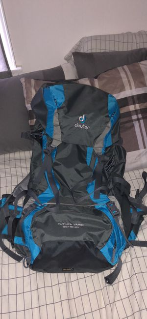 Deuter Backpack Futura Vario 55+10 SL for Sale in Wichita, KS