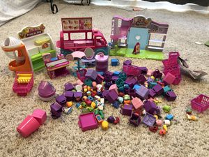 Shopkins Lot for Sale in Maple Valley, WA