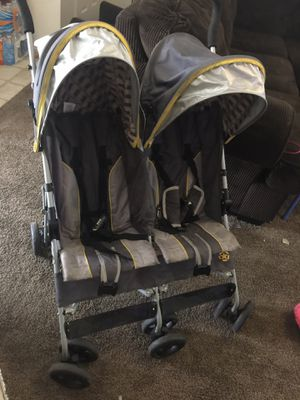 Double Jeep stroller for Sale in Taylorsville, UT