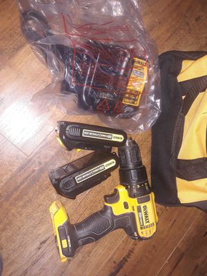 Dewalt 20v drill kit for Sale in San Antonio, TX