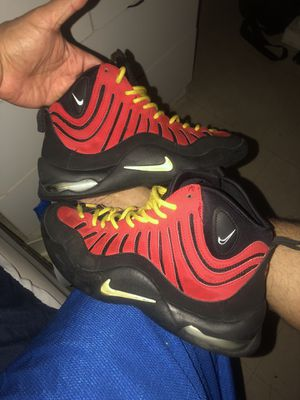 Nike's Air Bakin Miami Heat colors. for Sale in New York, NY