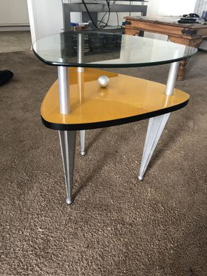 Side table for Sale in Los Angeles, CA