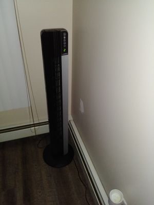 Fan and air purifier. $40 out the door for Sale in Saint CLR SHORES, MI