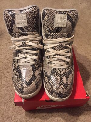Nike Air Python (size 12) for Sale in Alexandria, VA