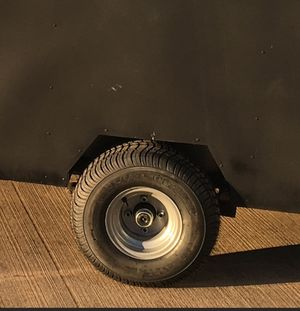 18x8.5/8 trailer tires and wheels for Sale in Detroit, MI