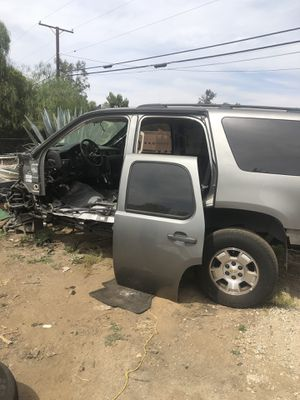 2009 chevy tahoe parting out ‼️ for Sale in Perris, CA