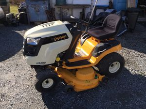 """2014 Cub cadet ltx 1050 50"""" 24hp kohler riding mower 245 hrs. for Sale in Milford Square, PA"""