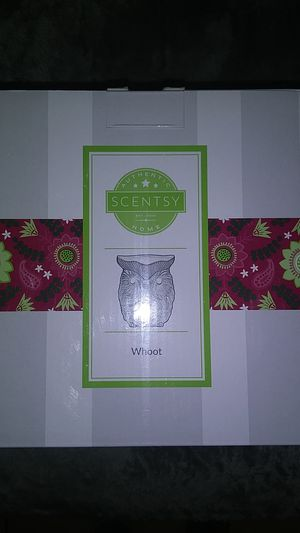 OWL SCENTSY WARMER for Sale in Norwalk, CA