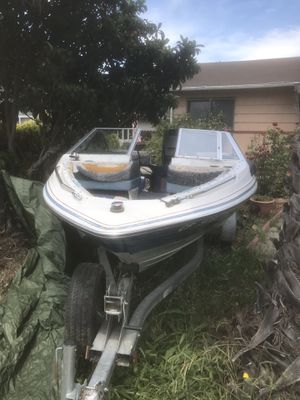 Escort bayliner ( boat)1988 for Sale in HILLTOP MALL, CA