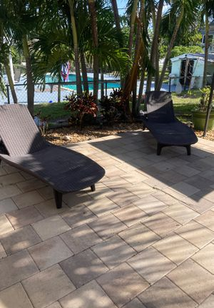 Chaise lounges for Sale in Palm Springs, FL