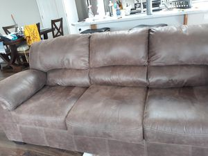 8 month old fabric couch for Sale in Chelan, WA