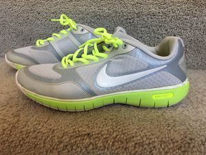 Women's Nike running shoes for Sale in Glendale, AZ