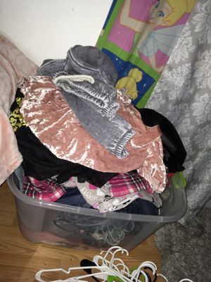 clothes, purses, shoes etc for Sale in St. Louis, MO