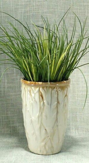 """Ceramic Textured Vase with Artificial Plant 12""""x10"""" *PICKUP ONLY* home decor, household, flowers for Sale in Mesa, AZ"""