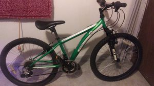 "24"" Youth Diamondback Cobra24 mountain bike for Sale in St. Louis, MO"