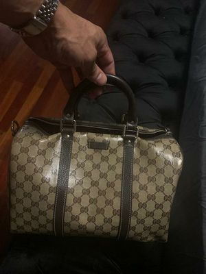 Gucci bag for Sale in Camden, NJ