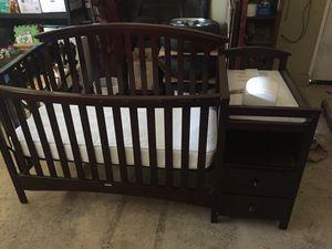 4 in 1 Crib like new for Sale in Chula Vista, CA