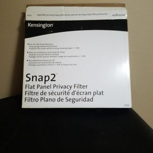 Kensington Snap2 Flat Panel Privacy Filters for Sale in Mukilteo, WA