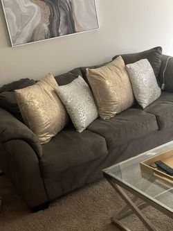 Couch for Sale in Levittown,  PA