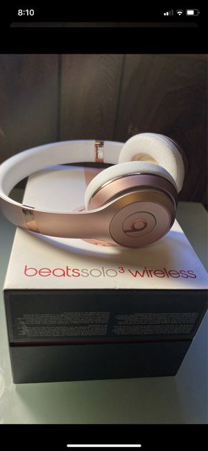beats solo wireless for Sale in West Chicago, IL
