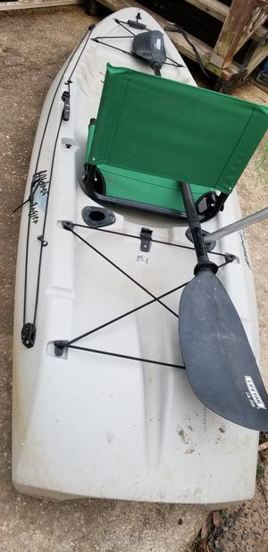 8ft fishing kayak lifetime angler for Sale in Alexandria, VA