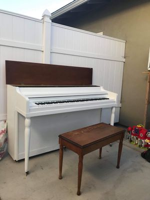 Piano for Sale in Lincoln Acres, CA