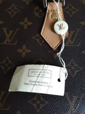Authentic Louis Vuitton Monogram garment bag for Sale in Avon, OH