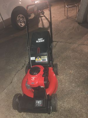 CRAFTSMAN M210 140-cc 21-in Self-propelled Gas Lawn Mower for Sale in Houston, TX