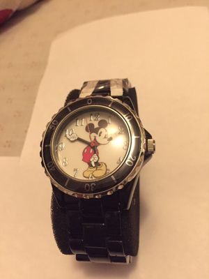 Disney Mickey Mouse MCKAQ1153 Collectable Never used Watch.Case size. 42 Dial size 29 Local pickup only . I don't deliver for Sale in Queens, NY