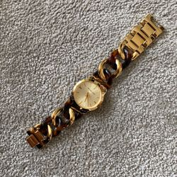 Michael kors Women's Watch for Sale in Oak Park,  MI