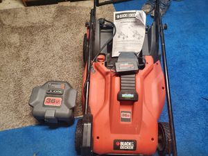 Black & Decker 36V Cordless lawn Mower for Sale in Roselle, IL