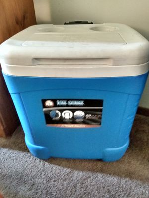 Large Cooler for Sale in Lincoln, NE