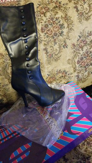 New size 10 black boots heels fantasma brand for Sale in San Bernardino, CA