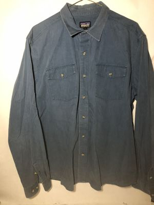 Patagonia Mens Organic Cotton Long Sleeve Button Front Shirt Size Large for Sale in Atlanta, GA
