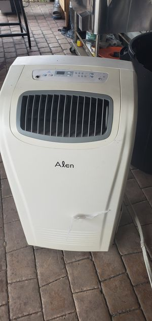 Portable air conditioner 12000 Btu for Sale in San Diego, CA