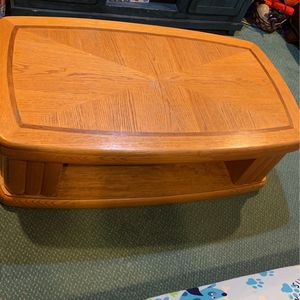 Coffee Table for Sale in Smithtown, NY