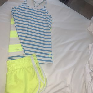 Reebok Playdry tank and shorts for Sale in Plano, TX