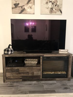 Fireplace tv stand for Sale in Monroe Township, NJ