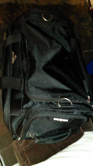 Swissgear duffle bag for Sale in Vallejo, CA