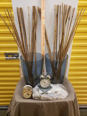 Pier 1 - Negotiable - Glass Vases - Reeds/Rocks - Coasters - Clock for Sale in Richmond, VA