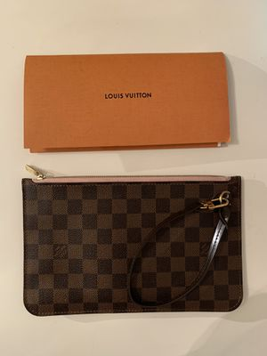 Louis Vuitton wristlet pouch for Sale in Sacramento, CA