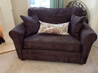 Macy's twin sofa sleeper for Sale in Avon Lake,  OH